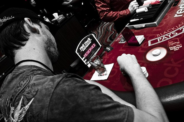 Black Jack Game , Follow us and discover new iTunes Radio Stations and the music we love.