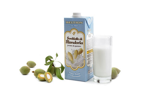 latte di mandorle carucci&chiurazzi  packaging sottotracce