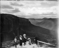 Grose Valley from Breakfast Point, Blackheath | by Powerhouse Museum Collection