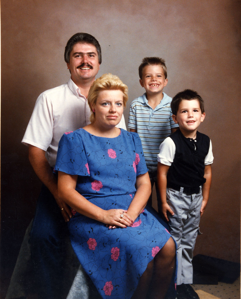 2dfb3c7c4 Cycle Parts Eugene - Home Goofy Car Salesman: Ah, Family Portraits. My Dad  Looks Like A Mexican