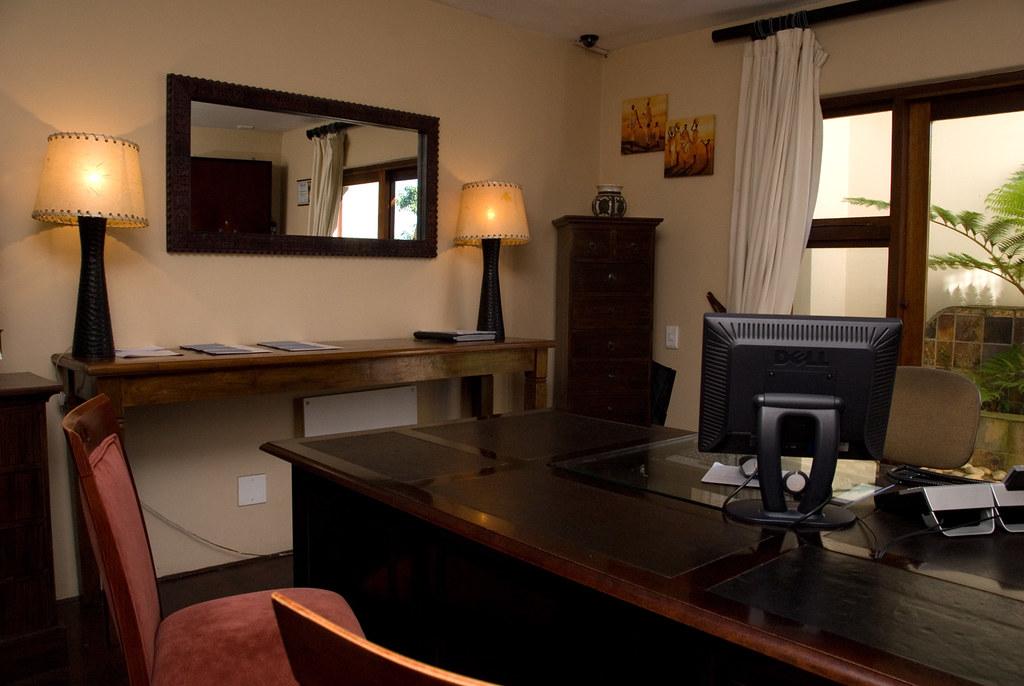 Hotel White Goose Down Luxury Pillow