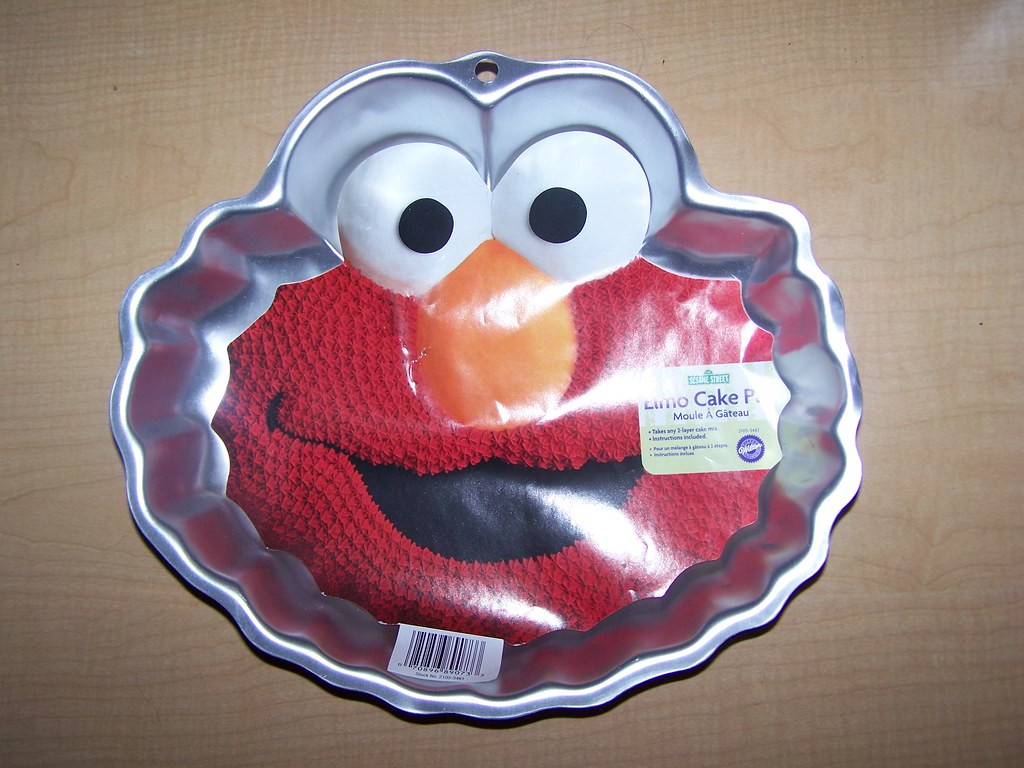 elmo cake pan wilton elmo cake pan flickr 3883