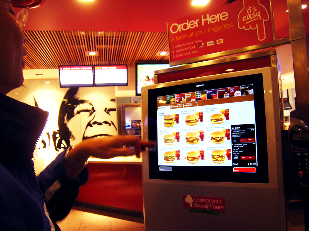 Mcdonald S Touchscreen Ordering The 24hrs Maccas
