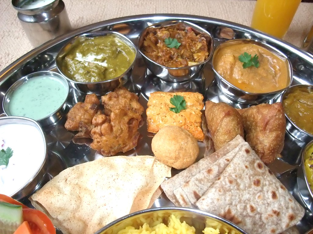 INDIAN FOOD - North Indian Thali 28 | NORTH INDIAN THALI ...