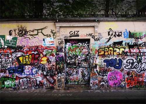 the famous graffiti wall in paris i feel like putting