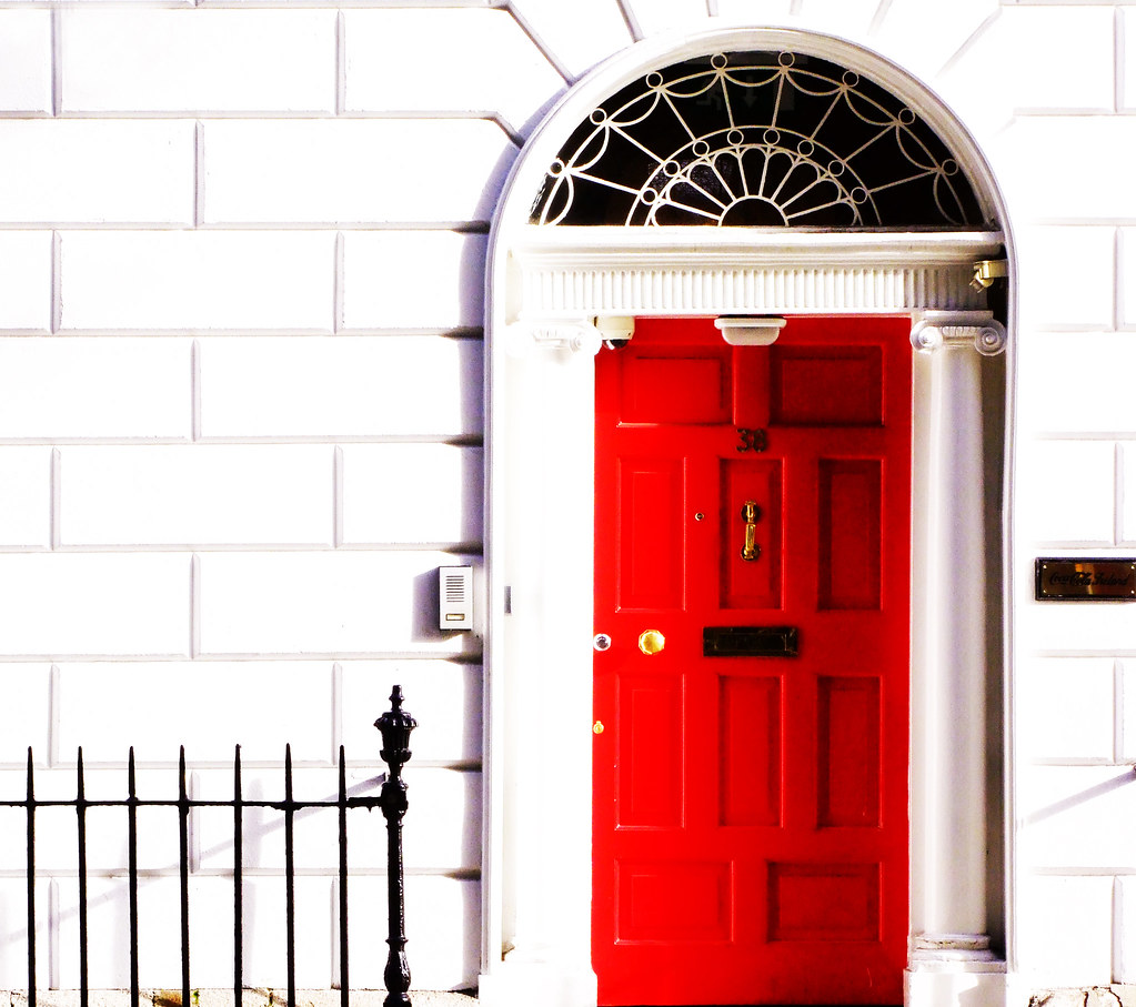 Modern Red Front Door: REPOST A Pretty Georgian Door In Dublin City