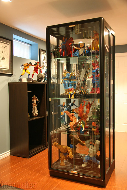 statue room flickr photo sharing. Black Bedroom Furniture Sets. Home Design Ideas
