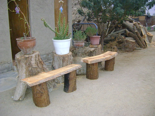 Muebles rusticos de troncos flickr photo sharing for Bancos de jardin rusticos