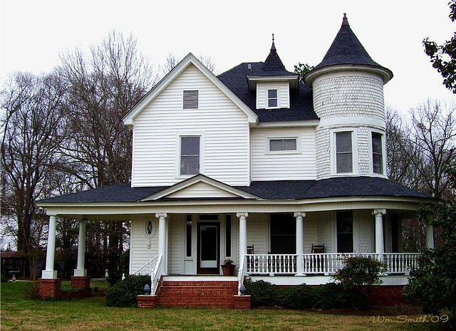 Victorian style house on hwy 56 in cross anchor sc for New victorian style homes