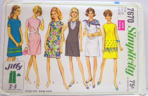 Simplicity 7670 Vintage 60's Sewing Pattern Mod A-line Dre