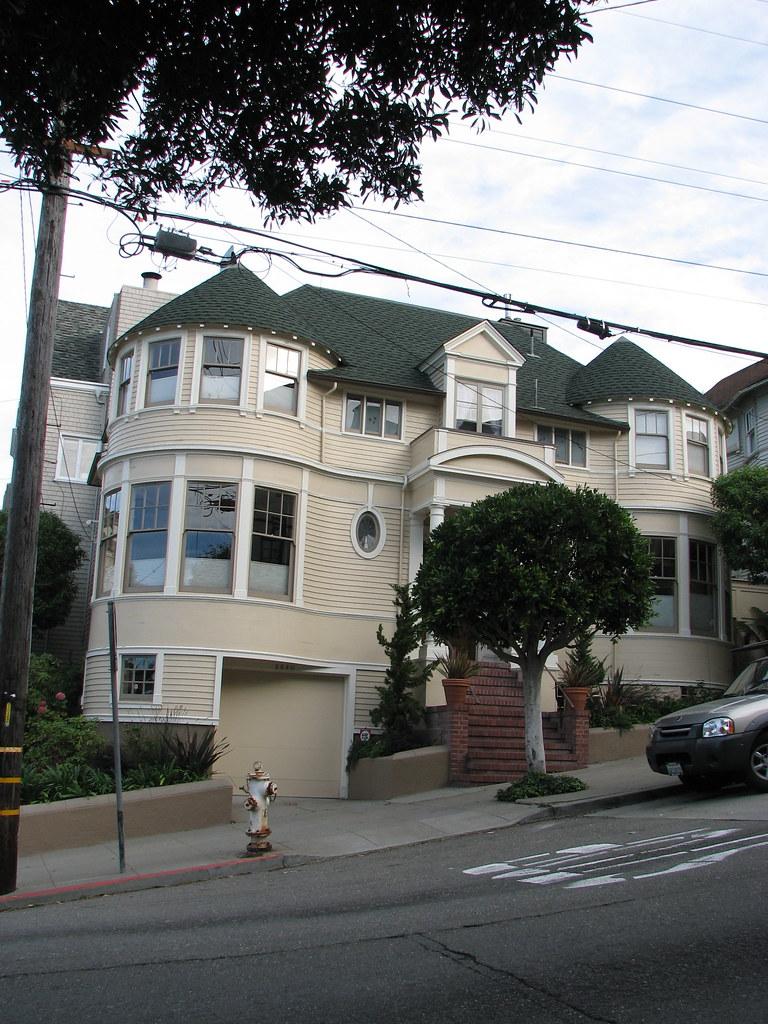 Mrs doubtfire house location steiner street sap casa for Steiner street