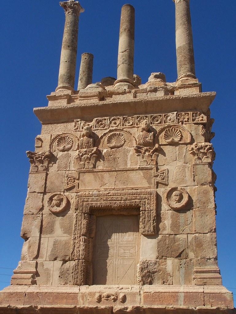 Libya >> Roman Mausoleum | Close up of Es Senama, a Roman era mausole… | Flickr