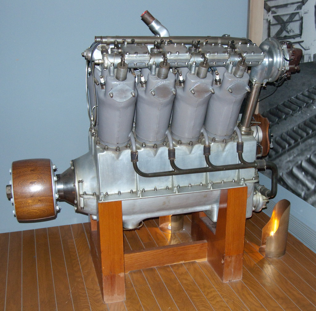 "Liberty L-8 (Packard) ""The First Liberty Engine"""