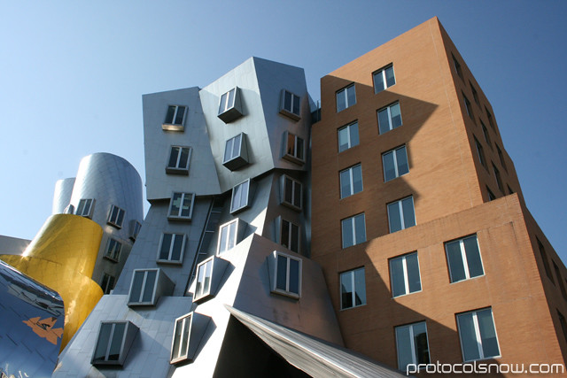 Mit architecture frank gehry visiting harvard medical for Mot architecture