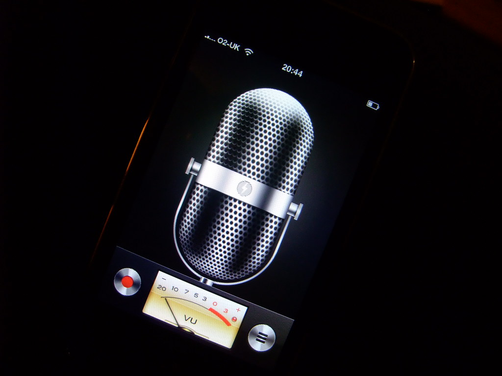 iphone voice recorder iphone voice memo fashioned microphone 12446