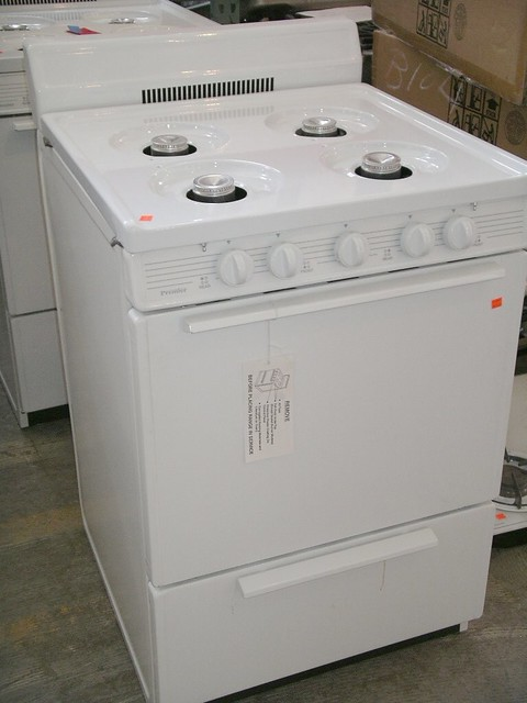 New Apartment Size Gas & Electric Stoves