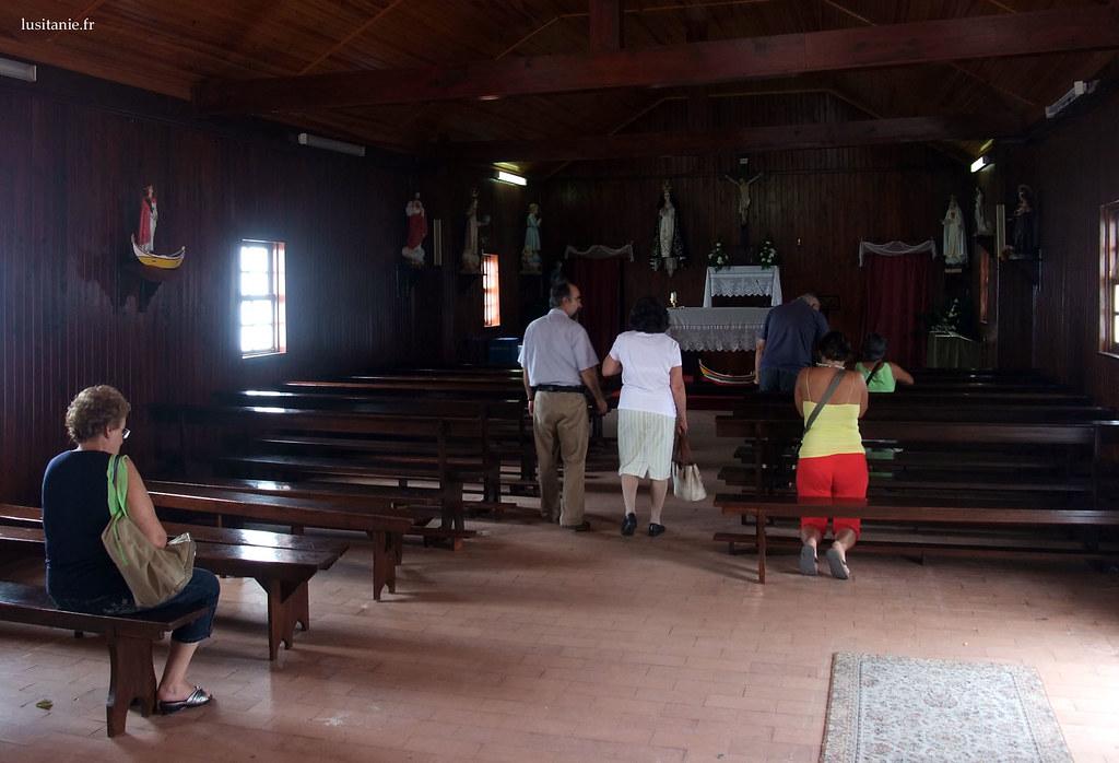 C'est rare une chapelle comme celle-ci :)