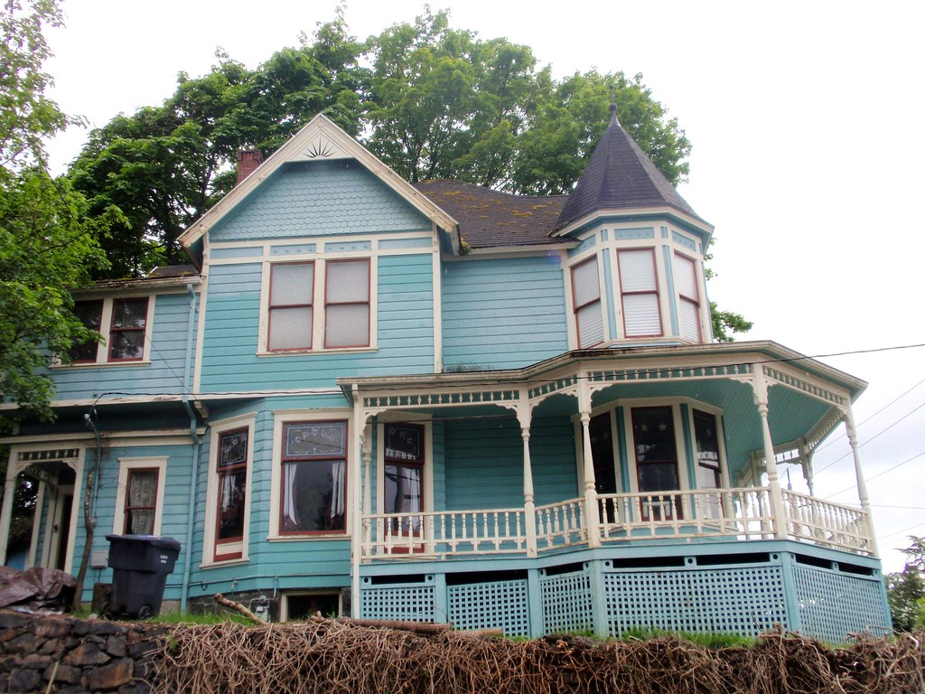 Blue queen anne victorian charles huntley historic house 4 for Queen anne victorian house