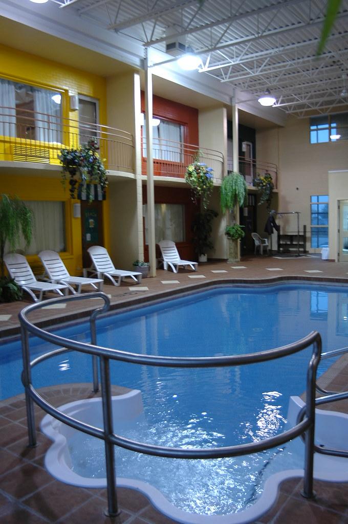 Hotel Suites Le Dauphin Drummondville