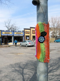knit graffiti #5 | by roses&pearls