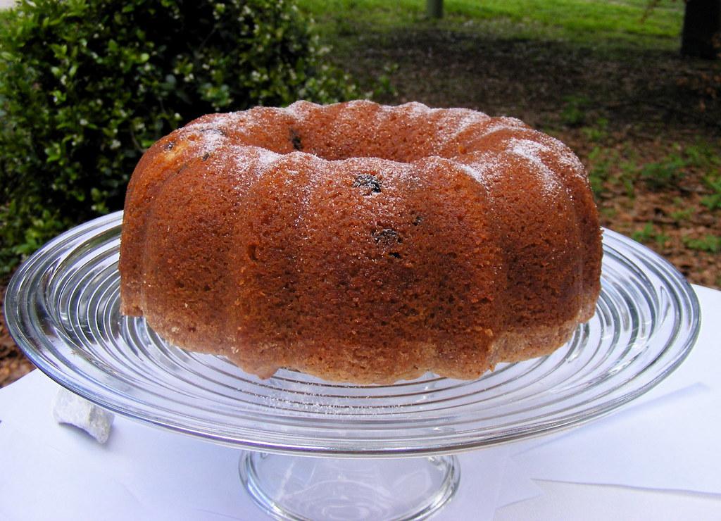 Applesauce Cake With Yellow Cake Mix