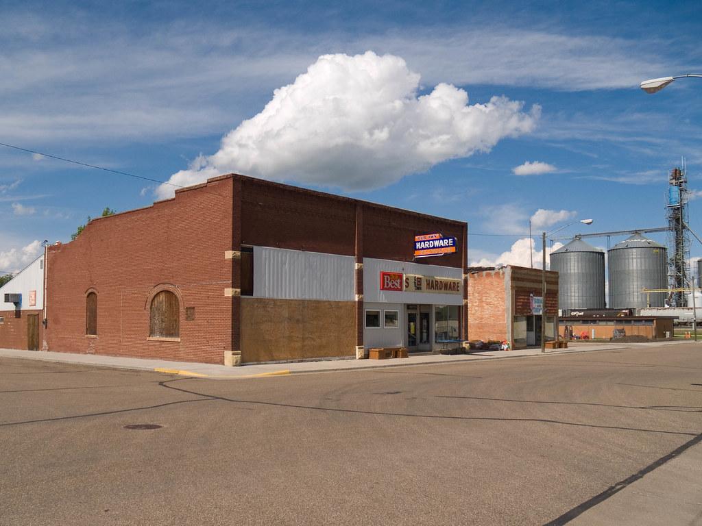 Underwood North Dakota From Www Everydot Com Flickr