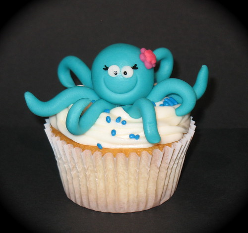 octopus cupcake | by two parts sugar