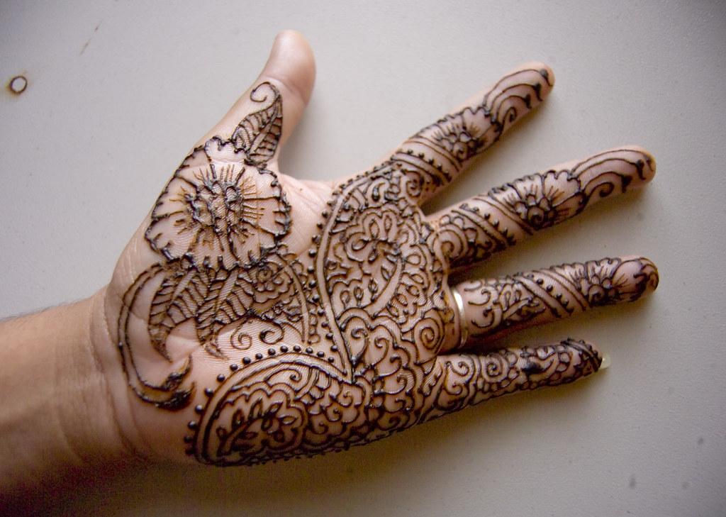 Henna Hand Design Henna Hand Design I Did This On My Own H Flickr