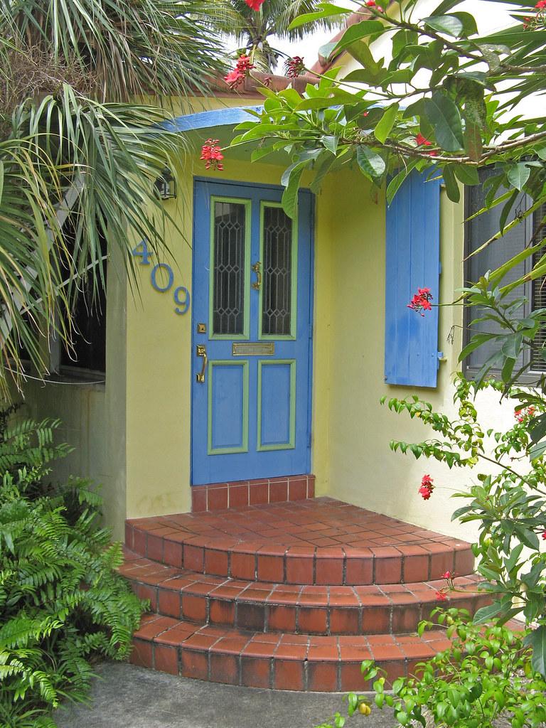 Blue front door yellow house victoria park 086 ron for Front door yellow house