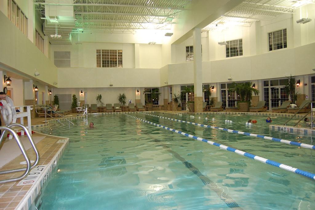 Indoor Pool Taken At The Gaylord Opryland Resort Nashvill Flickr