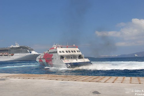 Cycladia_3_SeaJet_Ferry_Mai_2011_019