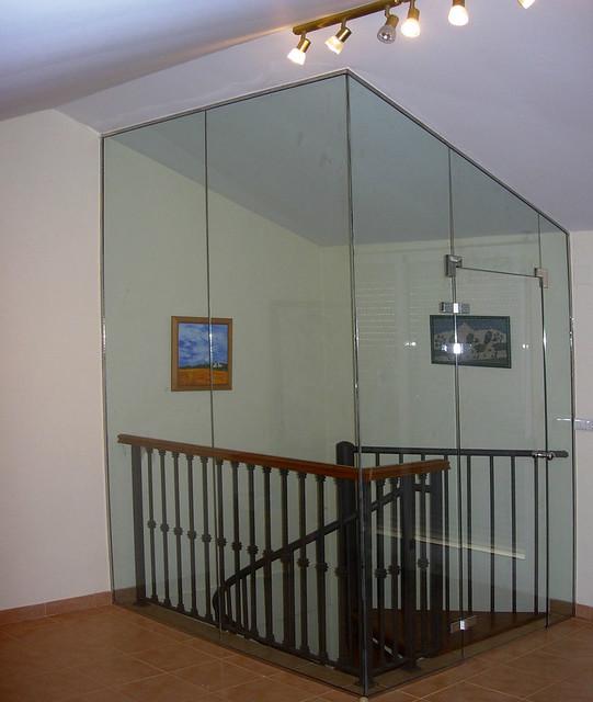 Aislamientos de escaleras con cristal cristaler a - Cerramientos de escaleras ...