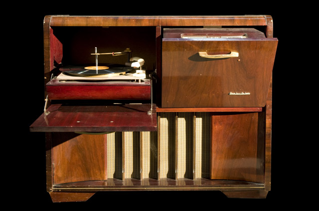 Stromberg Carlson Radiogram The Radiogram Has Two Pull