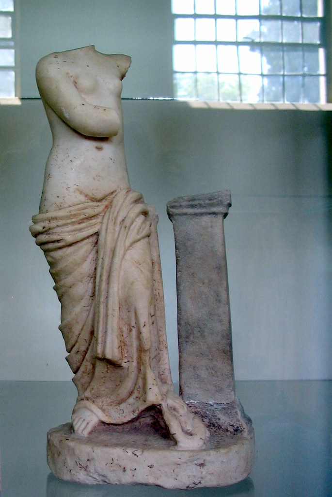 Armless Armed Aphrodite Marble Statuette Of Aphrodite