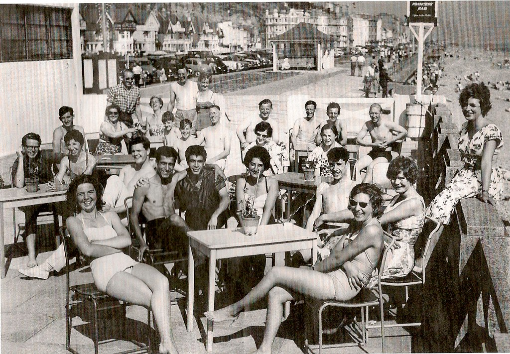 Hastings St Leonards Bathing Pool Late 1950s West St Leo Flickr