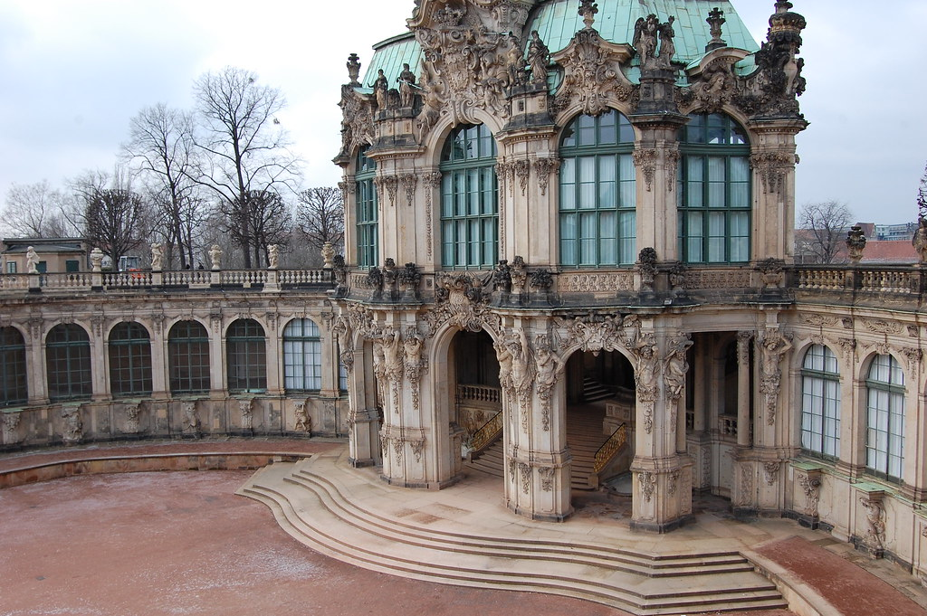 Dresdner Zwinger - Wallpavillon   de.wikipedia.org/wiki ...