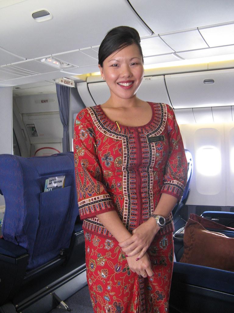 Singapore Airlines Chief Stewardess | SQ405 - Delhi to ...