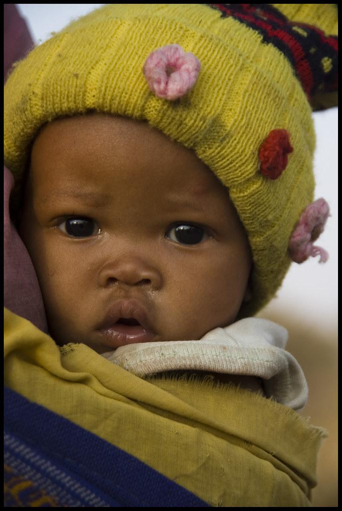Bushmen Baby Kalahari Namibia The Ju Hoansi Bushmen Of