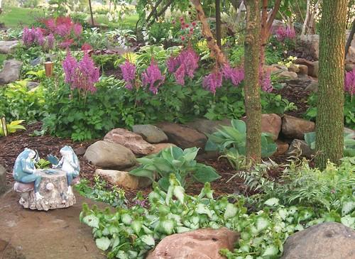 100 1708 shade garden landscape design hosta astible for Shade garden ideas designs