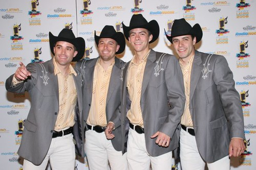 Hermanos herrera on the red carpet hermanos herrera on - Hermanos herrero ...