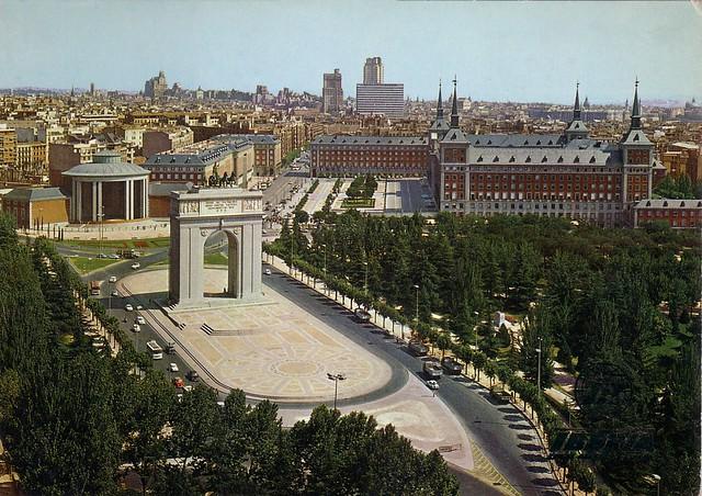 Iberia Madrid Arco Del Triunfo 1972 Wmega Flickr