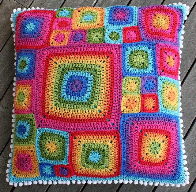 Babette ish crochet cushion i used bamboo and cotton - Cojines a palillo ...