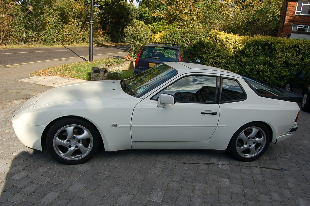 porsche 944 turbo grand prix white my porsche 944 turbo my flickr. Black Bedroom Furniture Sets. Home Design Ideas