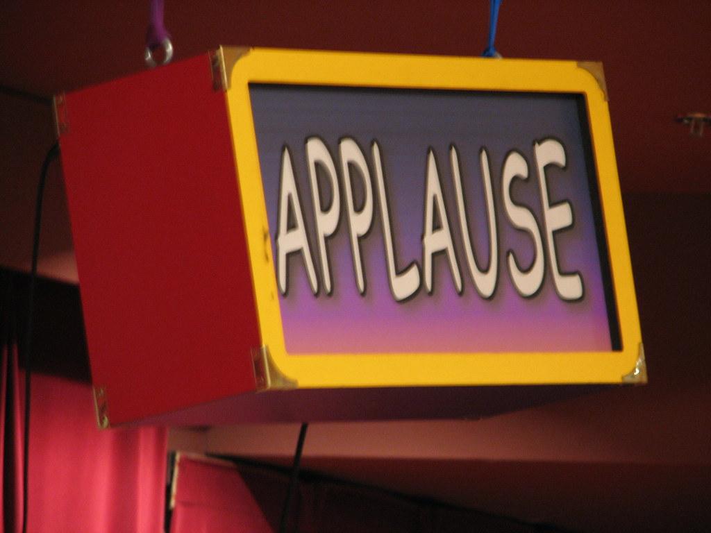 The Applause Sign | Kurt Magoon | Flickr