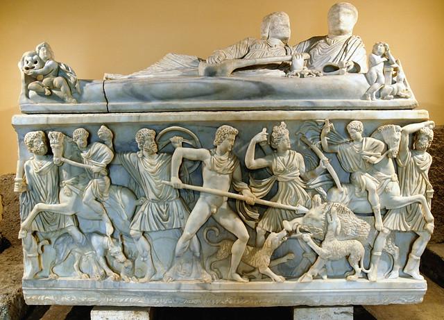 Meleagro uccide il cinghiale, sarcofago romano, Roma, Muse ...
