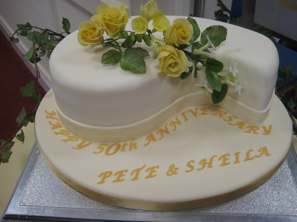 Anniversary Cake Pic For Mom Dad : Mom and Dad s 50th Anniversary cake It was my Mom and ...