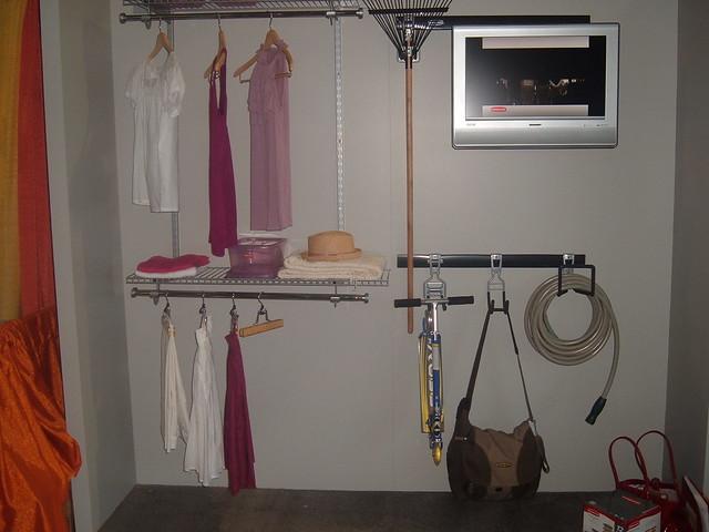 Configurations closet fasttrack garage flickr photo for Closet world garage