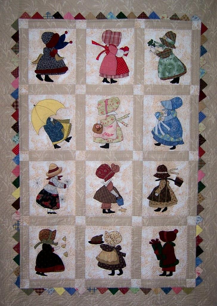 Sunbonnet Sue 12 month calendar quilt | Adorable little