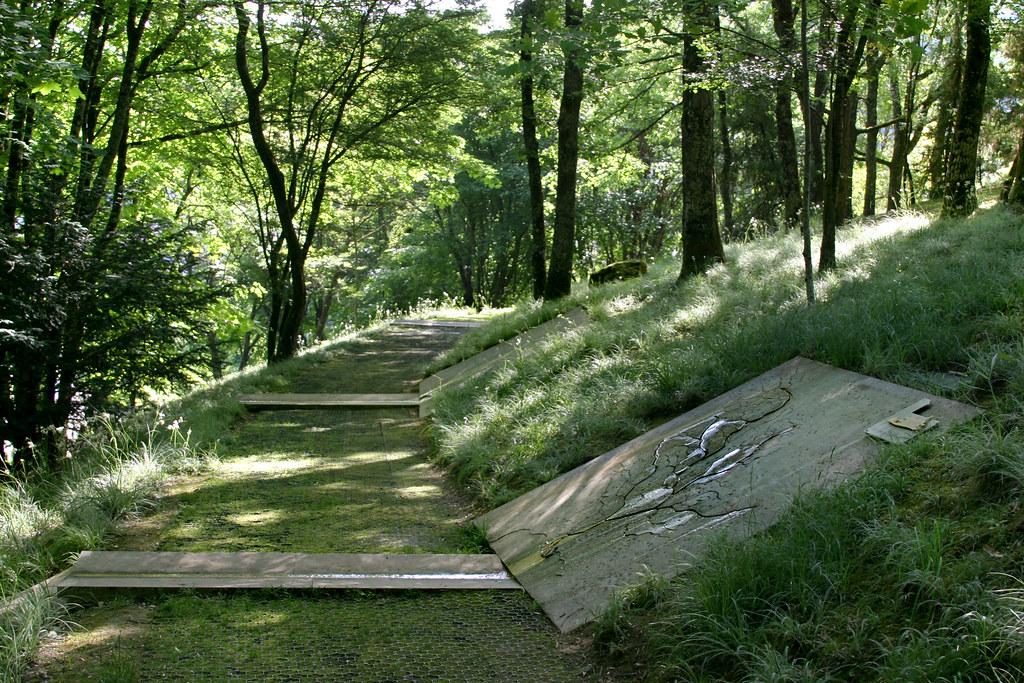 Les jardins de l 39 imaginaire les fleuves cp art sensibl flickr - Les jardins de l imaginaire a terrasson ...