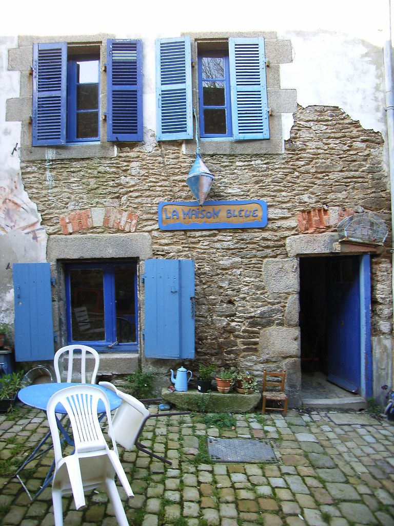 Rue de saint malo maison bleue la rue de saint malo un flickr - La maison generale st malo ...